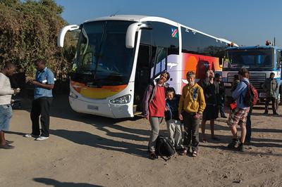 An der Grenze zu Sambia. Jetzt ist es fast geschafft.