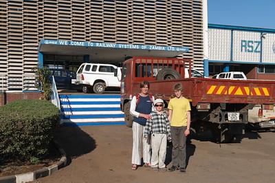 Der Bahnhof in Livingstone. Von hier gehen in der Woche nur 2 Personenzüge. Entsprechend verwaist sieht der Bahnhof aus.