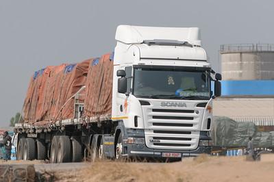 In Kapiri Mposhi gab es nicht viel. Nur alle paar Sekunden ein Lastwagen.