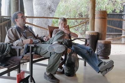 Nach 3 Stunden auf der Piste, mussten wir in der Okonjima Lodge erst mal chillen.