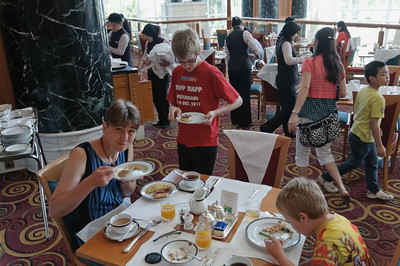 Beim Frühstück im Empire gint es alles was man sich nur wünschen kann.