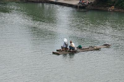 Fischer auf dem Fluss.