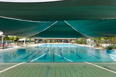 Das Sonnensegel über dem Pool ist wirklich eine tolle Verbesserung!
