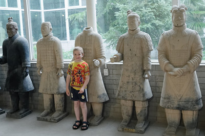Dieses sind nachgemachte Terrakotta Soldaten in einem Souvenirshop.