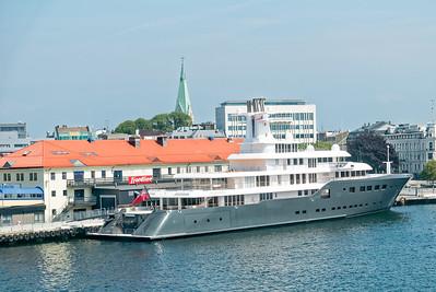 Im Hafen von Kristiansand lag die Yacht eines russischen Superreichen. Die ICE von Suleiman Kerimov.