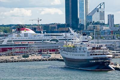 Um 1600 legte unser Schiff wieder ab. Richtung St. Petersburg.
