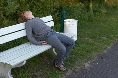 Auf der Wanderung am Kummerower See zur Peene machte Richard schlapp.