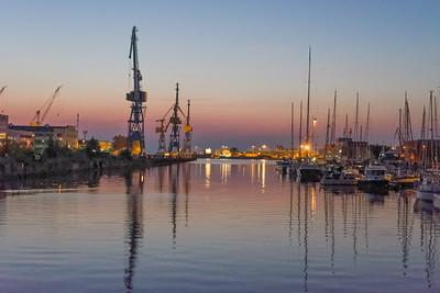 Unser Wohnmobilplatz ist im Hafen von Wismar.
