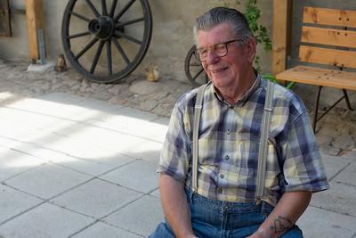 Onkel Norbert ist der Cousin von Helgas Mutter.