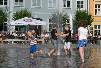 An dieser Fontaine hatten die Kinder ihren Spass.