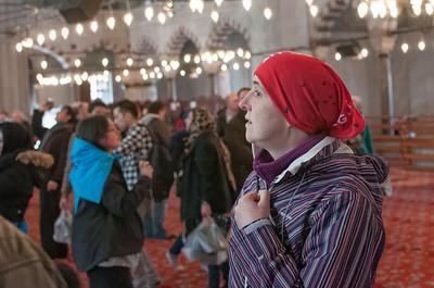 Und Helga braucht ein Kopftuch. Der Buff vom Touristenverein tut's auch.