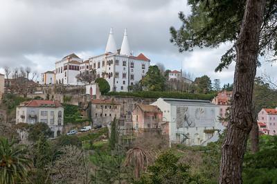 In Sintra findet man viele solche Gebäude. Leider konnten wir nicht alle anschauen.