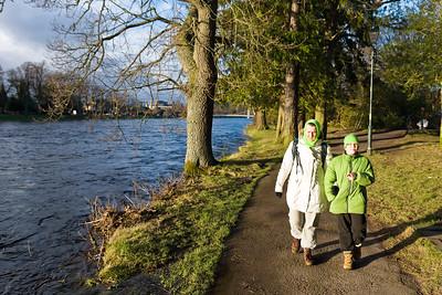 Der Fluss Nes kommt natürlich vom Loch Ness. Das ist nicht weit von Inverness, aber bis dahin haben wir es nicht geschafft.