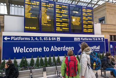 Wann geht unser Zug nach Glasgow?