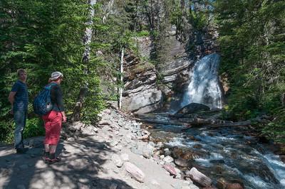 Auf der Wanderung kamen wir zu 3 Wasserfällen.