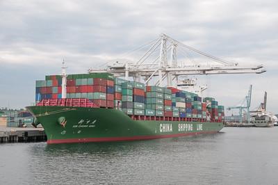 Den Containerhafen haben wir uns auch angeschaut.