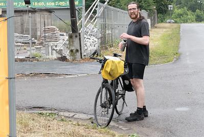 Wir haben dann die Tour neu geplant, so dass sie für Rennräder geeignet ist. Das ging besser, aber an einigen Stellen mussten wir grössere Strassen in Kauf nehmen.