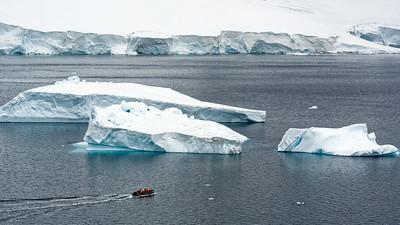 Eisberge in der Nähe von Danco Island.