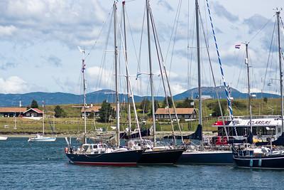 Einer meiner Kollegen war im November mit so einem Segelboot auf der gleichen Tour. Sicherlich nicht ganz so bequem wie unsere Fahrt.