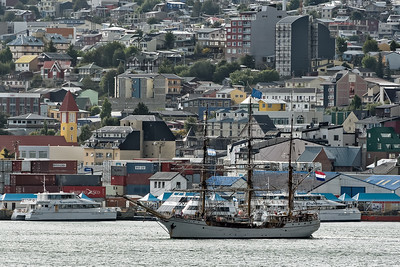 Das holländische Segelschiff Europa war auch in Ushuaia.