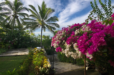 Villa Ma'Rasay + Kafe Thabadiku