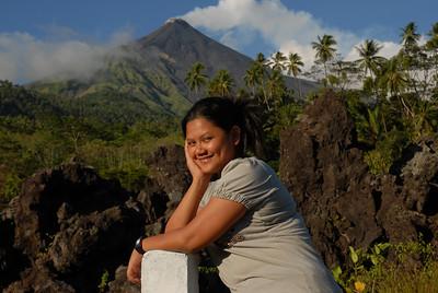 2009-10-28 (03) Vulkan auf Siau 007 Olivia
