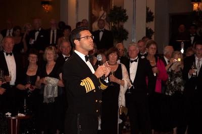 QM2, Kapitäns Cocktailparty Kapitän Robert Camby