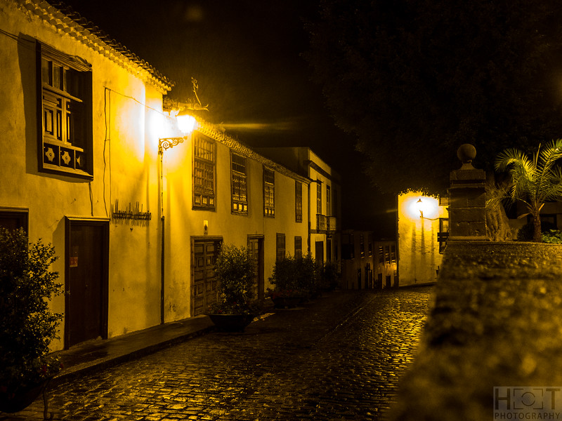 Icod by Night