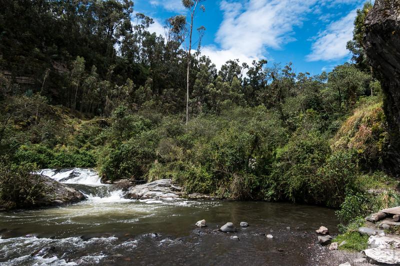 Wanderung bis zum Wasserfall
