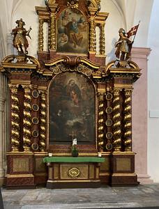 Barocker Seitenaltar (Rosenkranzaltar)