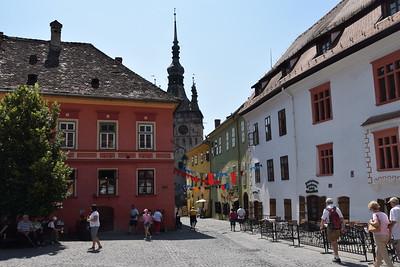 Schässburg, Stadtplatz und Stundkirche