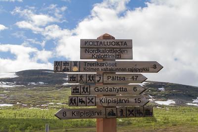 Wanderwegweiser in der Region Fjäll Malla