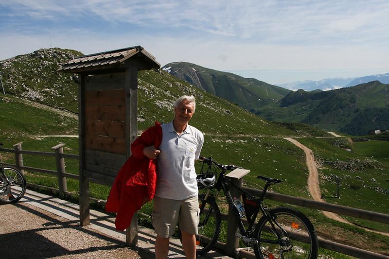 På toppen av taubanen fra Malcesine.