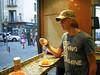 Van een mooie col op een pintje hebben ze hier duidelijk ook nooit gehoord maar de patatas bravas waren best wel lekker. <br /> <br /> Las Bravas - C/. Espoz & Mina - Madrid