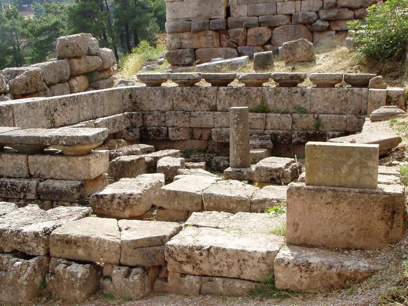 MvD-20020819-55-P8190027-Delphi-Schathuis van Siphnos