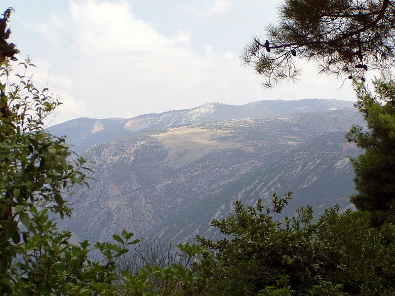 MvD-20020819-03-P8190012-Delphi-Uitzicht