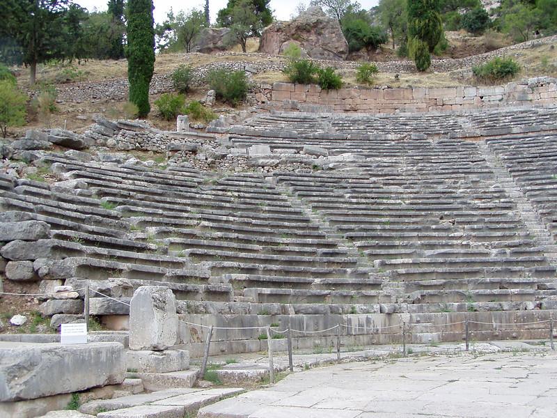 MvD-20020819-76-P8190040-Delphi-Amfitheater