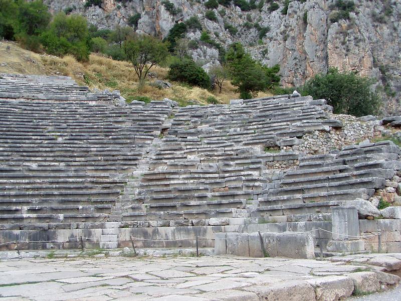MvD-20020819-77-P8190039-Delphi-Amfitheater