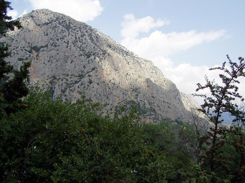 MvD-20020819-04-P8190016-Delphi-Parnassos gebergte