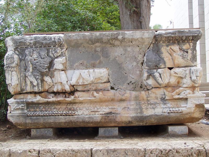 MvD-20020819-07-P8190015-Delphi