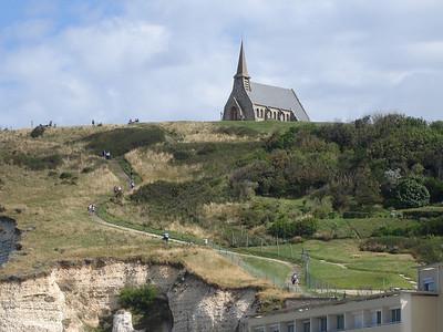 """met de kleine zeemanskapel """"Chapelle Notre Dame de la Garde"""""""