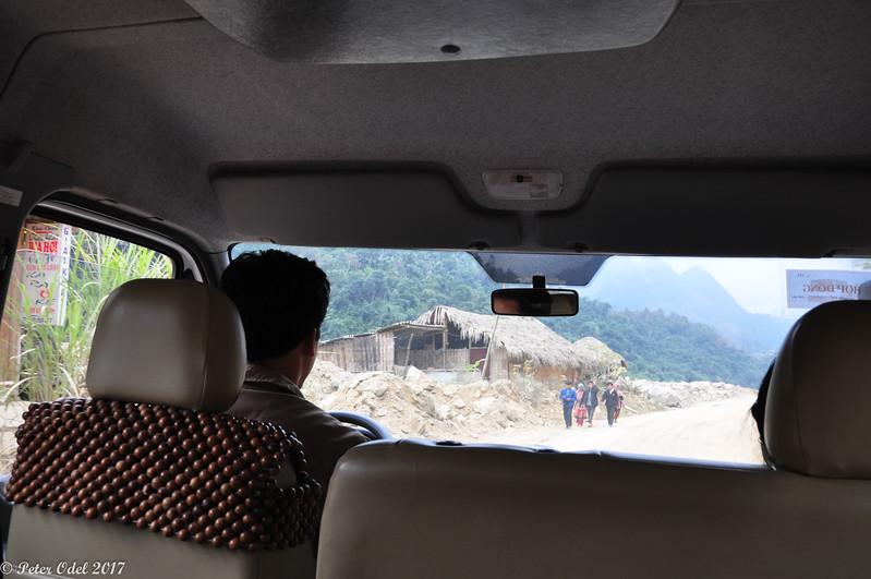 Vi havde en minibus, en chauffør og Ta May helt alene hele dagen...