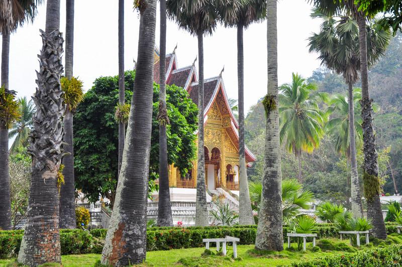 templerne i Laos ligner mere hinduistiske templer end de vietnamesiske