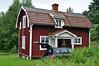 """""""Vores hus"""" på Sillegården. 10. juli blev endnu en dag med heldagsregn mens vi kørte til Bohuslän..."""