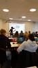 Elisabeth Engum underviser gymnasieklasse med flipped learning...