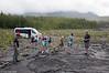 lava fra udbrud 2004. her er planterne ved at komme op!