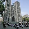 tilbage i Hanoi - katedralen..