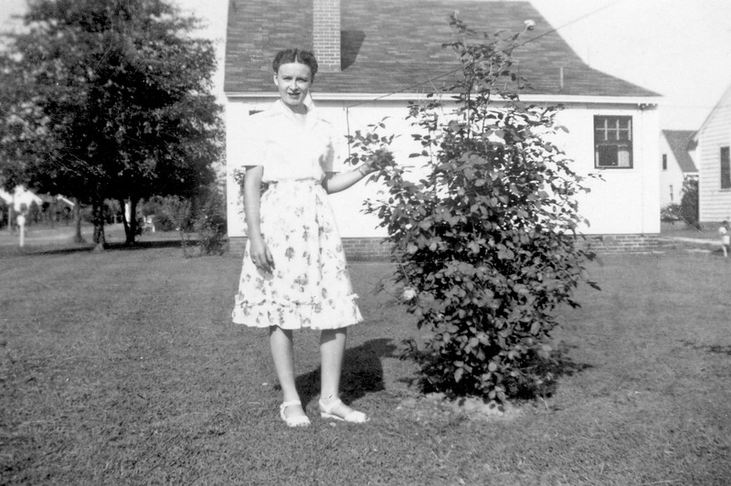 Lizzie (Maybe?) circa early 50's