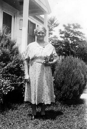Bettie Duke July 1943