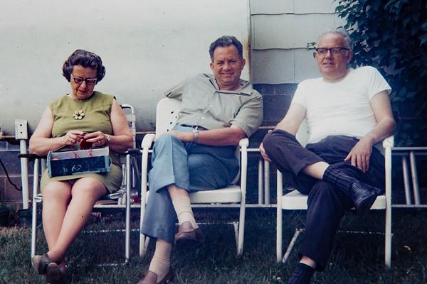 Walter Crow, Ruth and Oscar